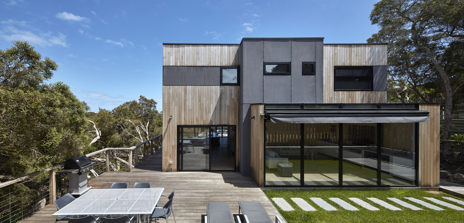 gallery of beach house dx architects 1