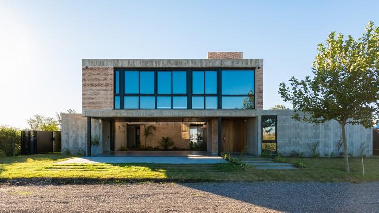 casa o2 / Oslo Constructora, © Gonzalo Viramonte