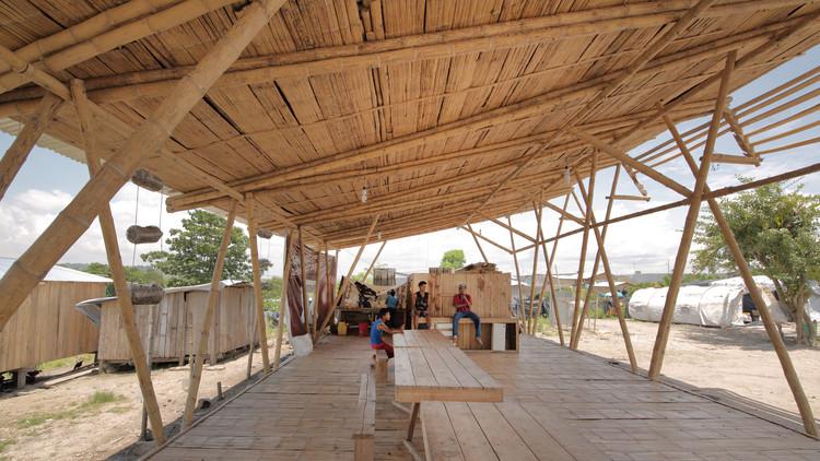Renacer de Chamanga Community House / Actuemos Ecuador, © Kliwadenkonovas