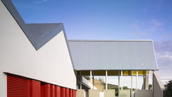 Los Sauces Public School / Gabriel Verd Arquitectos