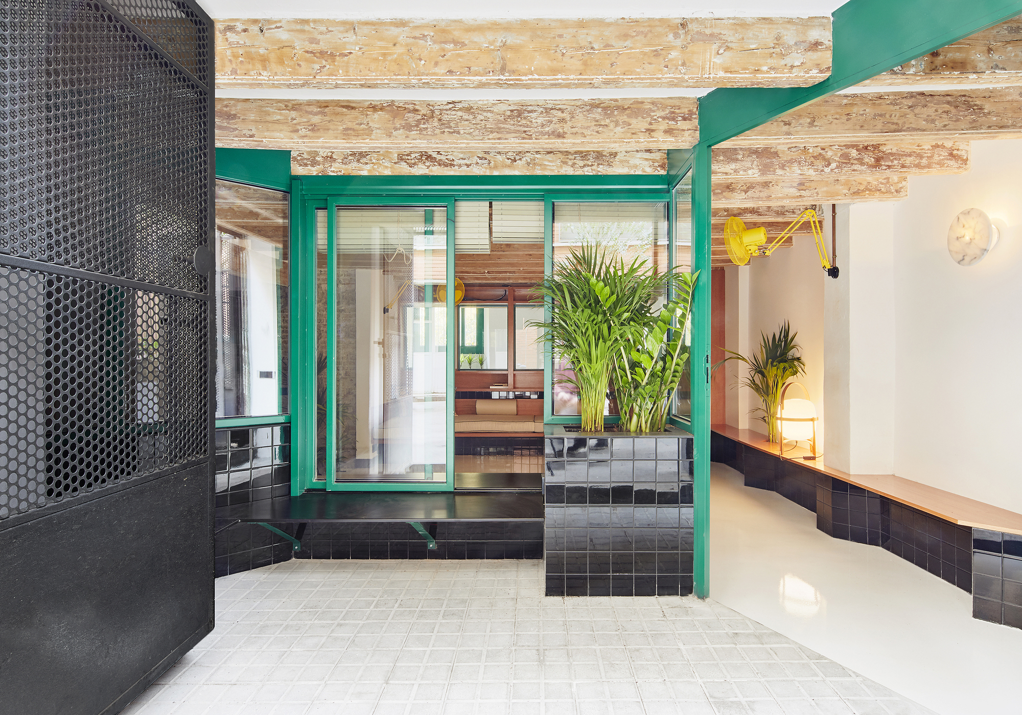Sarriera weinstock office archdaily raval hideaway sarriera weinstock jose hevia arubaitofo Image collections