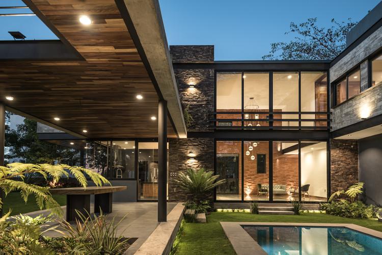 Casa KALYVAS   / Di Frenna Arquitectos, © Oscar Hernández