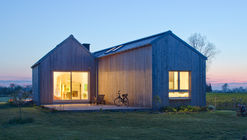 Field House / Blank Architects