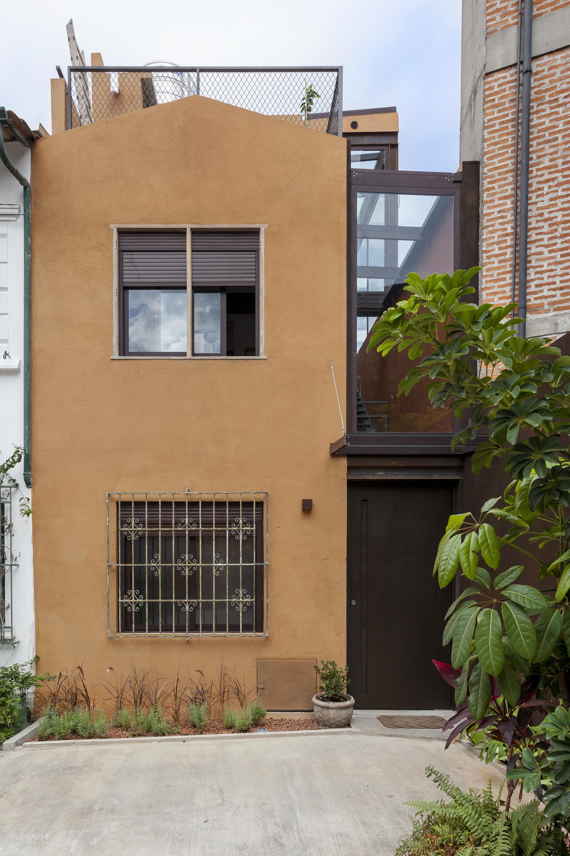 Resid ncia capote arkitito arquitetura archdaily brasil for Casas alargadas