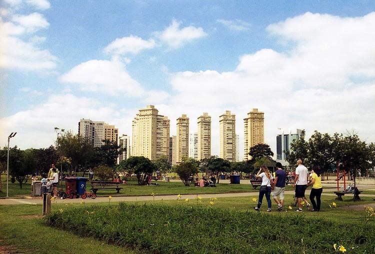 Revitalização de bairros em São Paulo mostra o poder do diálogo entre sociedade e poder público, São Paulo: movimento de moradores para revitalizar bairros leva à criação da lei de gestão participativa das praças. Foto: lu/Flickr-CC