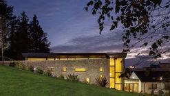 St. Patrick's Centre / McCabe Architects