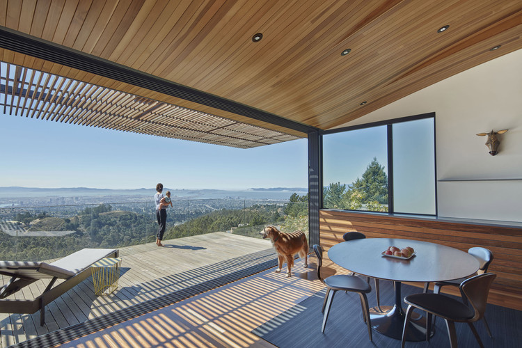 Skyline House  / Terry & Terry Architecture, © Bruce Damonte