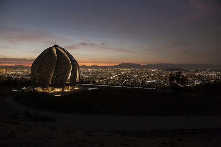 Limarí Lighting Design convierte al Templo Baha'í de Sudamérica en un excepcional cuerpo luminoso, © Justin Ford
