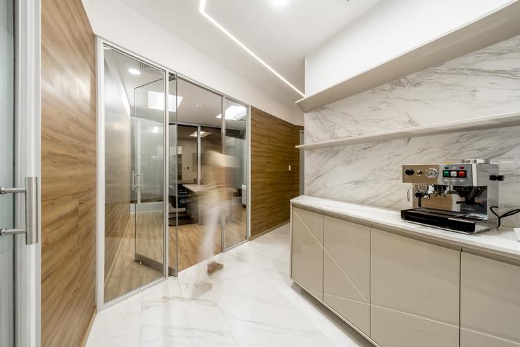 Oficina Edificio Panorama  / BAUM Studio, © Renzo Rebagliati