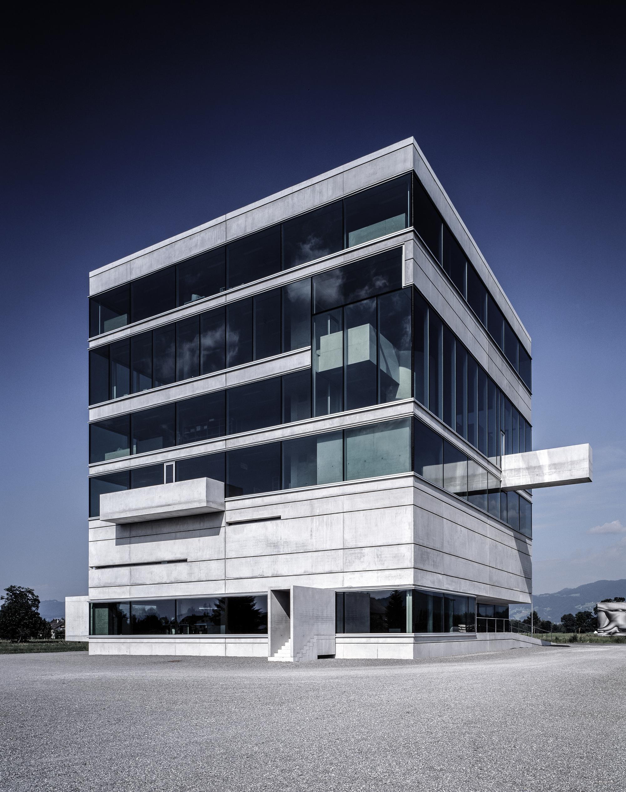 Best Image Headquarter System Industrie Electronic / marte.marte architects