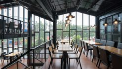 Nhà hàng Crabsark & Crawfish Restaurant  / TNT architects