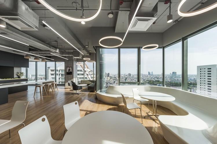 mercedes benz thailand headquarters pbm archdaily. Black Bedroom Furniture Sets. Home Design Ideas