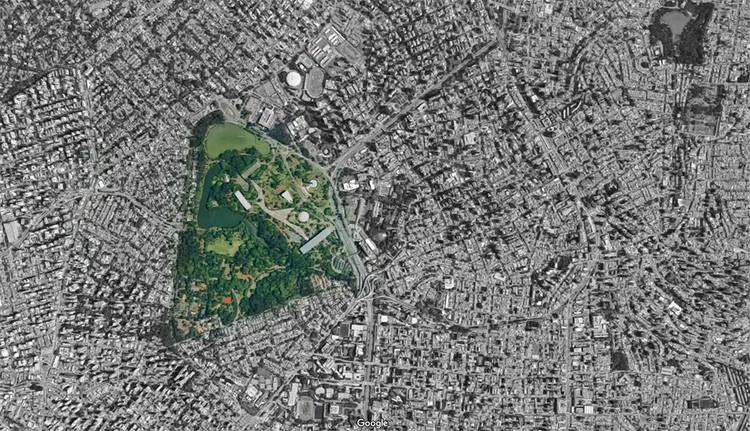 Mansões de São Paulo ocupam área de dois parques Ibirapuera, Vista aérea do Parque Ibirapuera em São Paulo. Via Google Maps