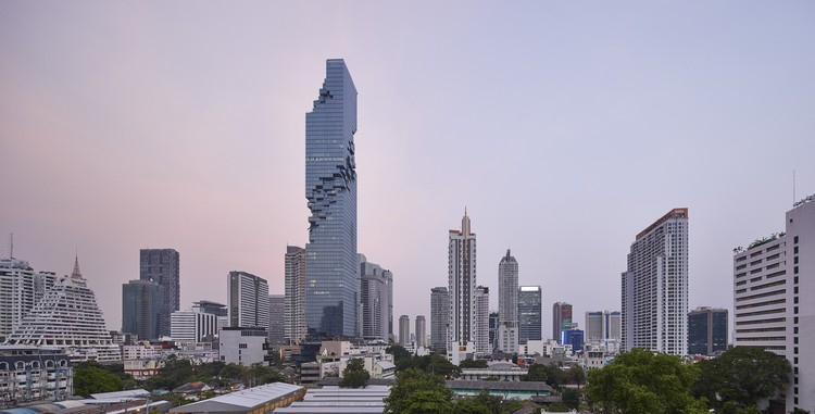 Büro Ole Scheeren's MahaNakhon Tower, Photographed by Hufton + Crow, © Hufton + Crow