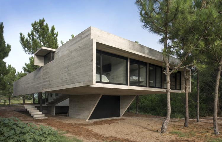 Casa S+J / Luciano Kruk, © Daniela Mac Adden