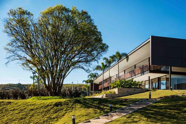 Bosque do Horto Condominium / Reinach Mendonça Arquitetos Associados , © Nelson Kon