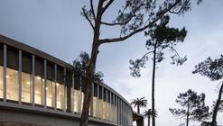 DrySuit Building / Jorge Bartolo - Arquitectura
