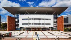 Biblioteca Central Universidade Positivo / Manoel Coelho Arquitetura e Design