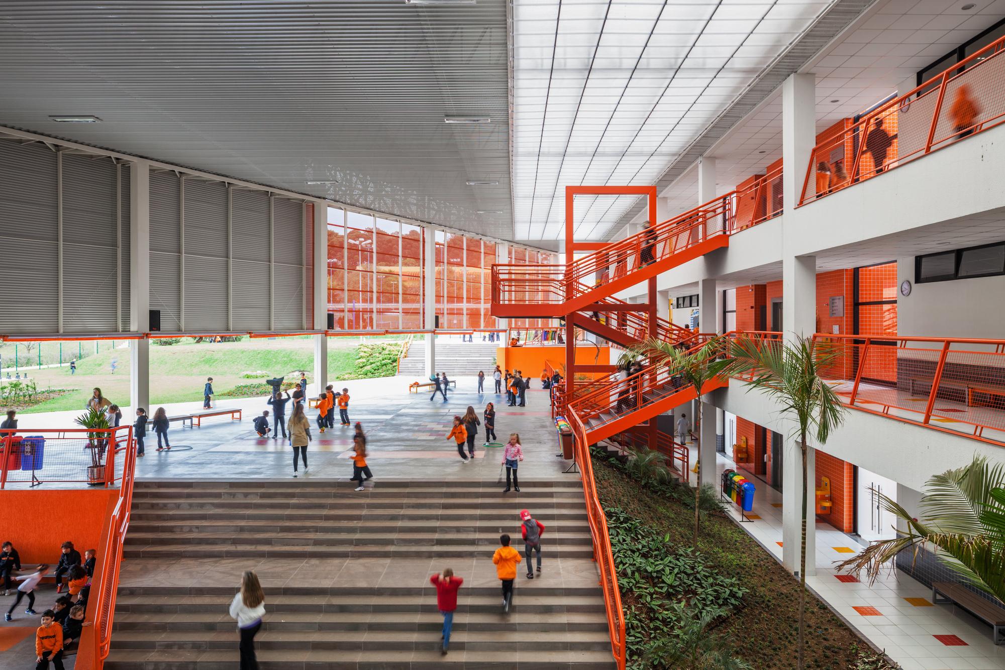 Colégio Positivo Internacional / Manoel Coelho Arquitetura e ...