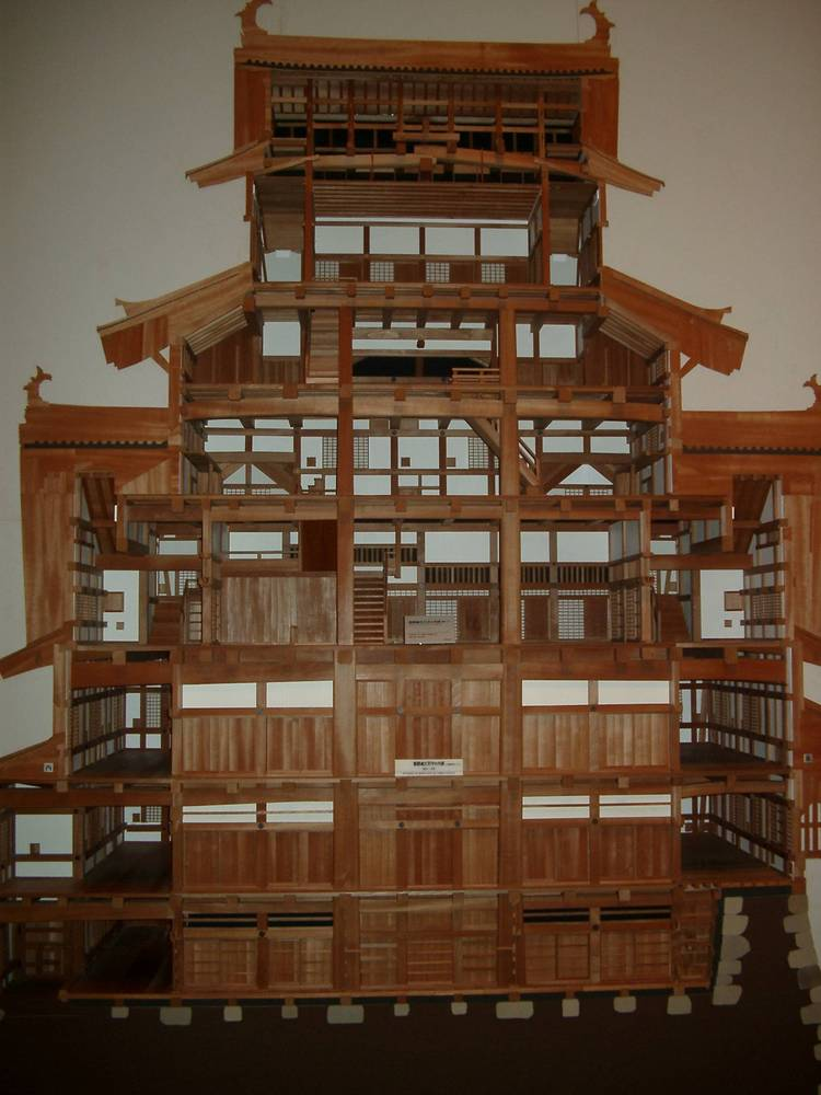 Gallery of AD Classics: Himeji Castle / Ikeda Terumasa - 14