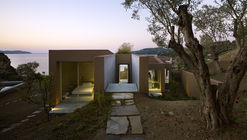 House in Achladies  / Lydia Xynogala