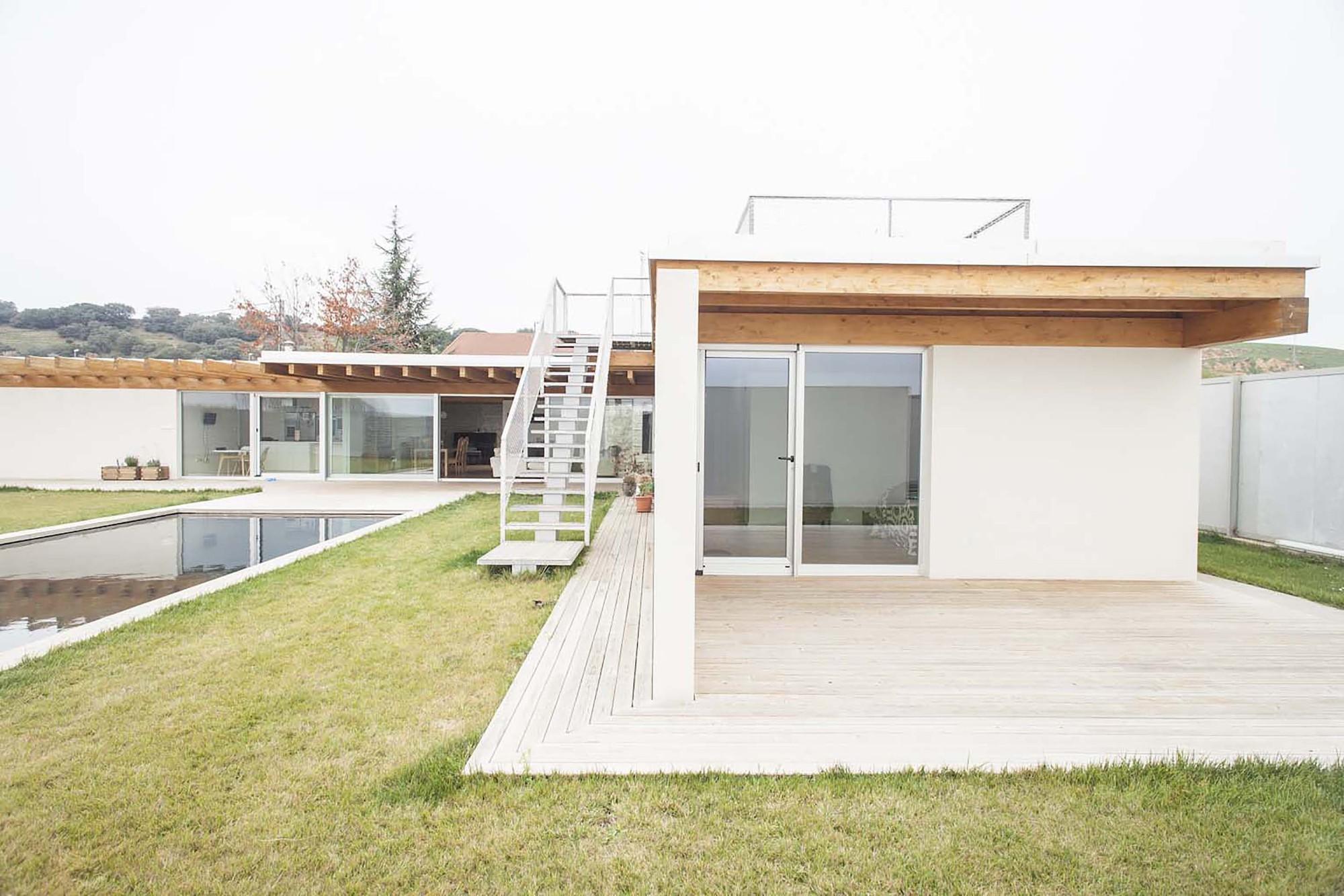 Galer a de vivienda fortaleza cso arquitectura 10 for Vivienda arquitectura