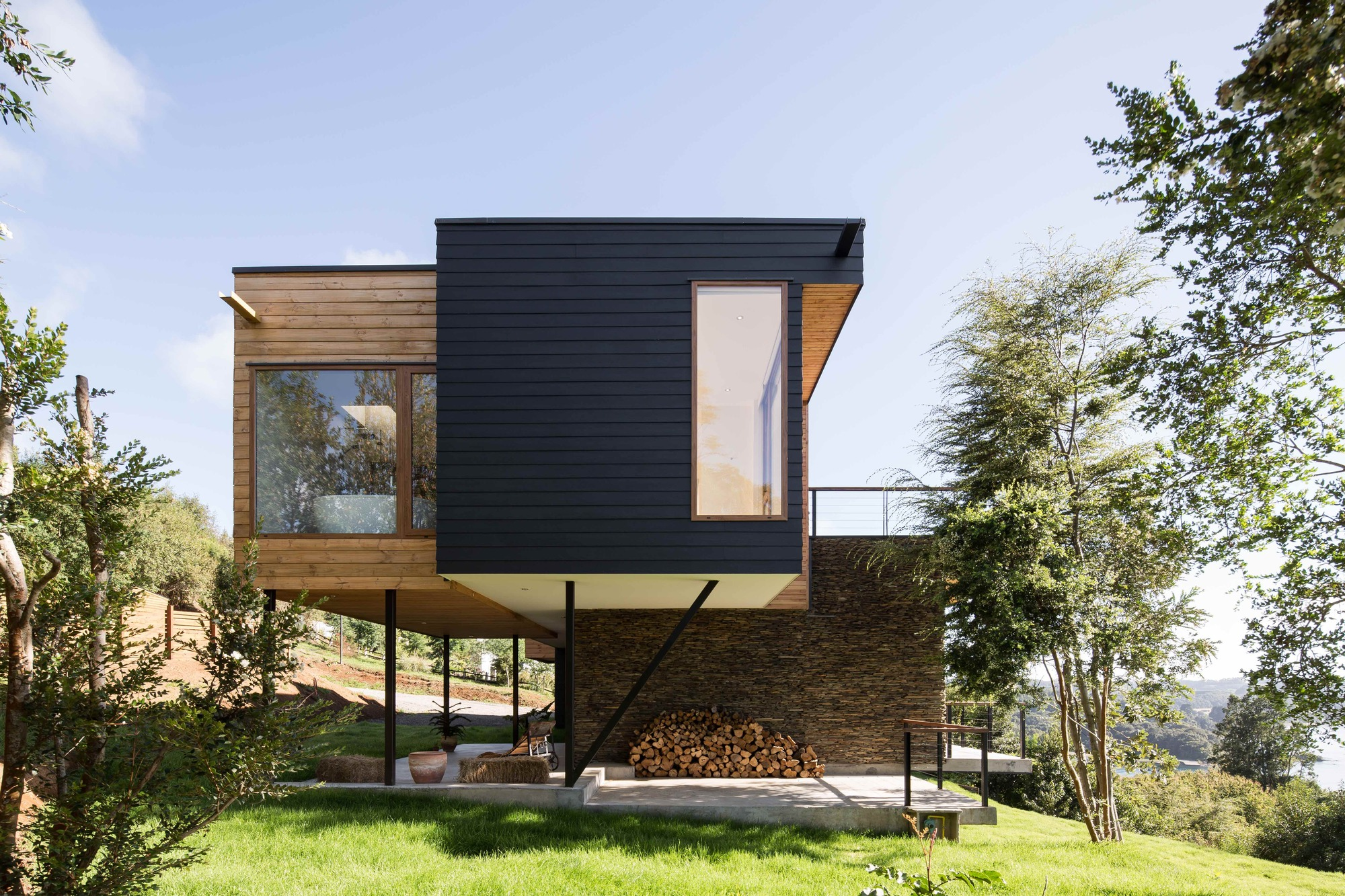 Wulf House Pe Br Re Arquitectos Archdaily