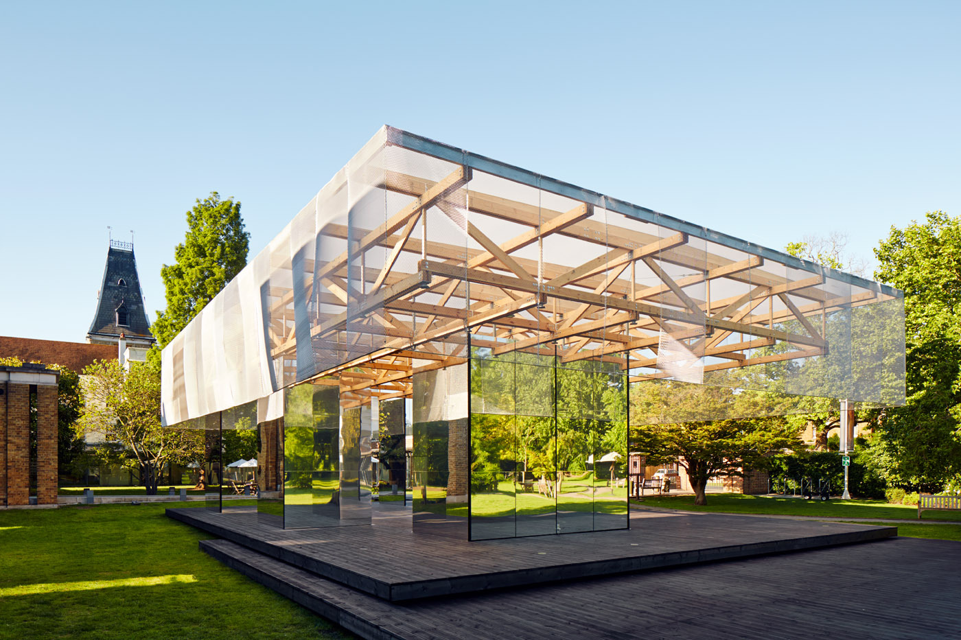 The dulwich pavilion if do archdaily for Architecture miroir