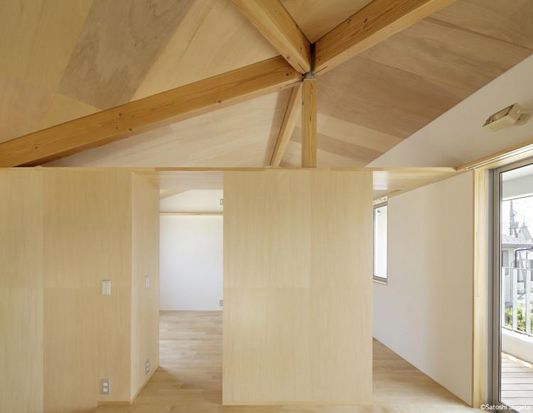 House in Yamanashi  / UENOA, © Satoshi Shigeta