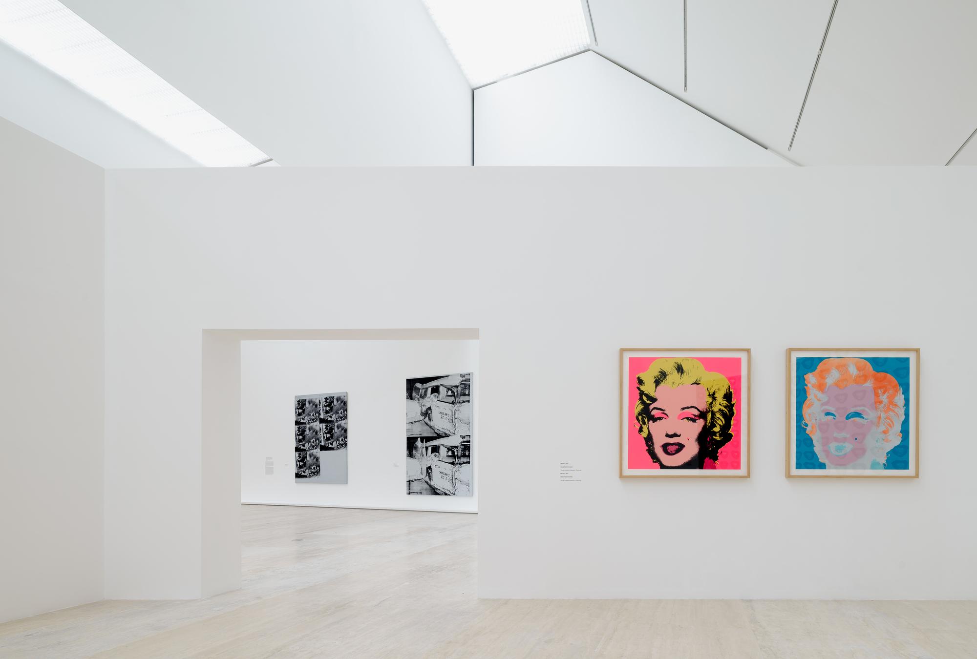 ¿Cómo se diseña la museografía de una exposición de Andy Warhol?