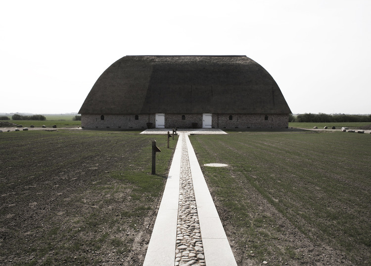 Praksis Arkitekter Selected as Winners of Scandinavia's Most Prestigious Architecture Award, Slotfelt Barn / Praksis Arkitekter. Image © Christina Capetino
