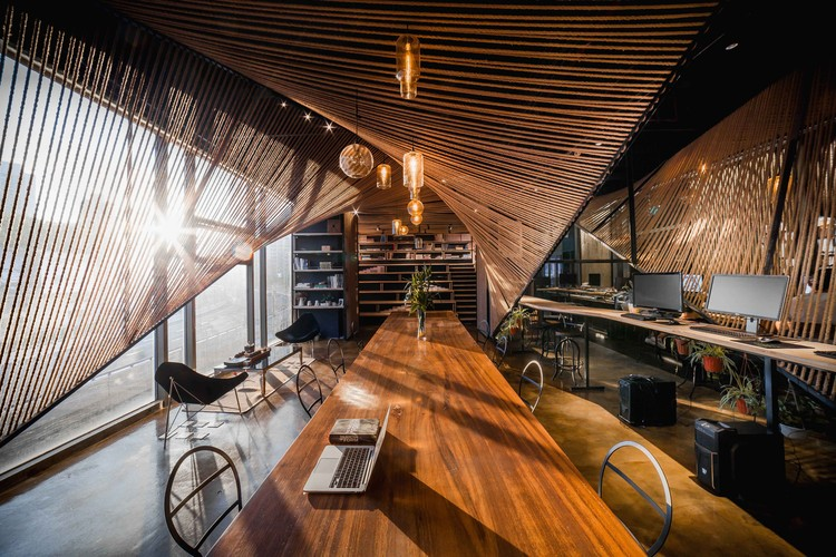 Rope Wave Office / ten-arch + Usual Studio, Courtesy of Usual Studio + ten-arch