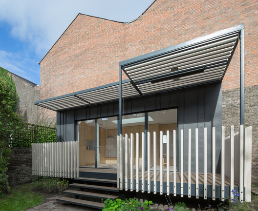 Fulham Pavilion / Silver & Co.
