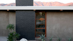 Chino Canyon Residence / Hundred Mile House
