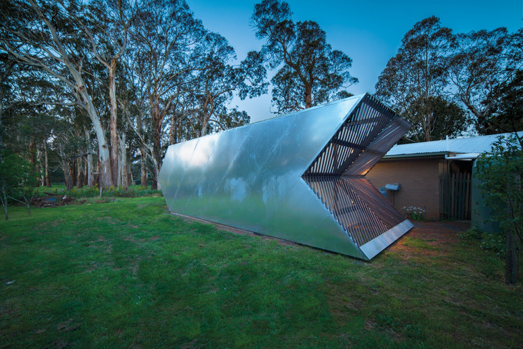 Arrow Studio   / Nervegna Reed Architecture + PH Architects, © Sam Reed + Toby Reed