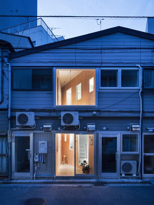 Cut in Koganecho / PERSIMMON HILLS architects, © Kenta Hasegawa