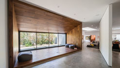 Hide Out / Dan Brunn Architecture