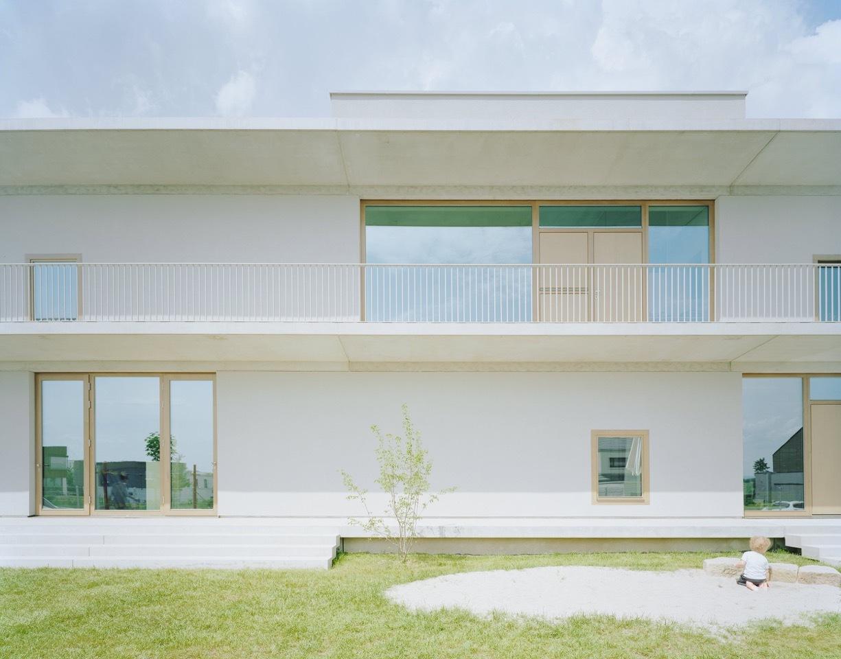 kindergarten in aichtal simon freie architekten bda archdaily. Black Bedroom Furniture Sets. Home Design Ideas