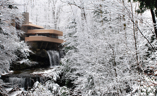 In Seasonal Harmony - The Changing Nature of Frank Lloyd Wright's Fallingwater