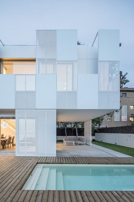 Casa Unifamiliar Castelldefels / Ral, © Adrià Goula