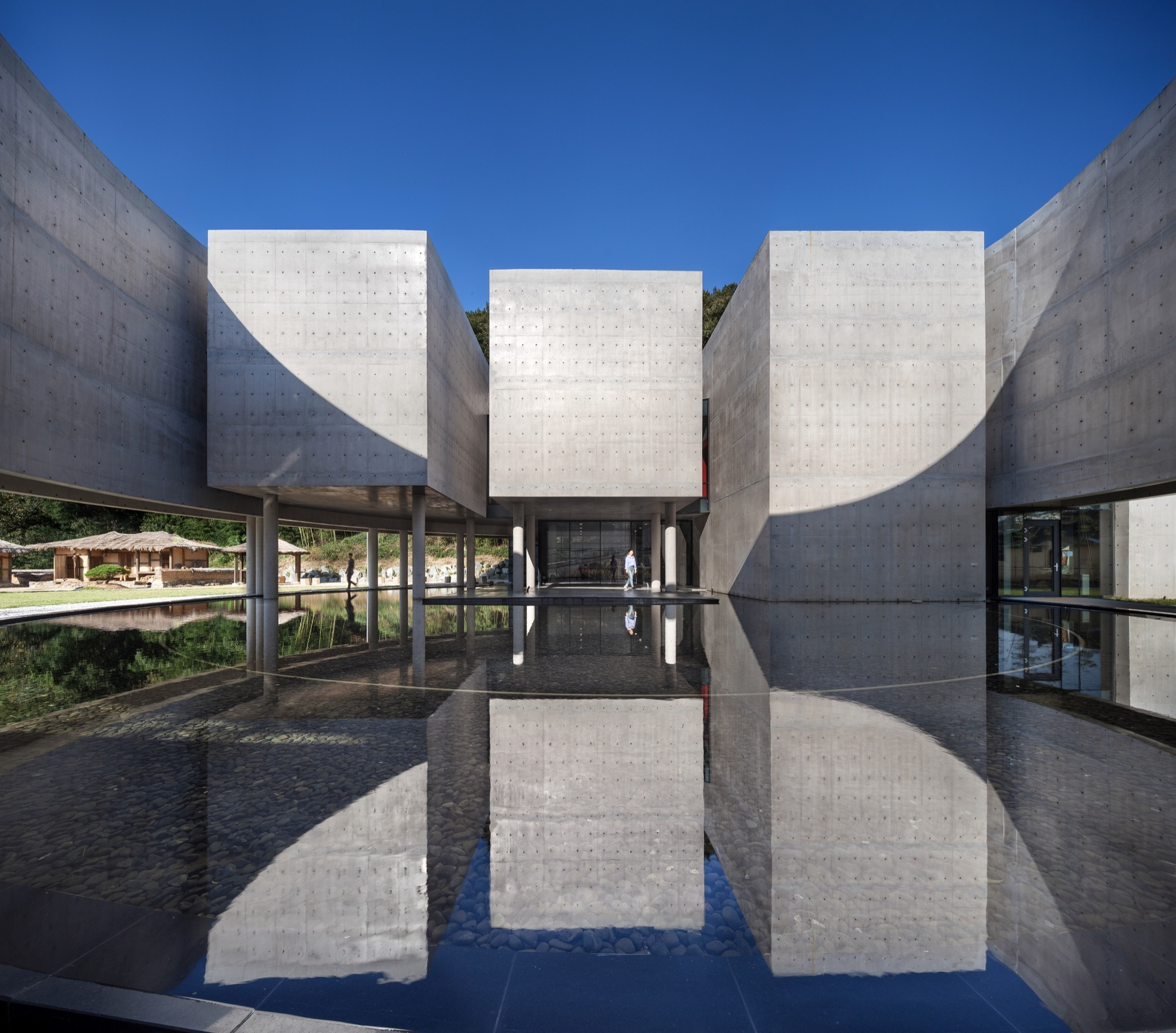 Son Yang Won Memorial Museum / Lee Eunseok + KOMA | ArchDaily