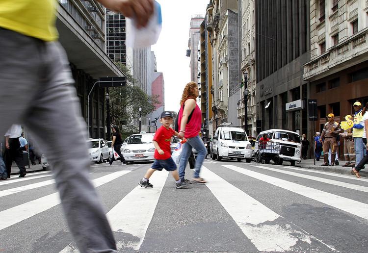 Estatuto do pedestre é aprovado pela câmara dos vereadores de São Paulo, © Daniel Guimarães / A2 Fotografia, via Flickr de Preferência à Vida. Licença CC BY 2.0