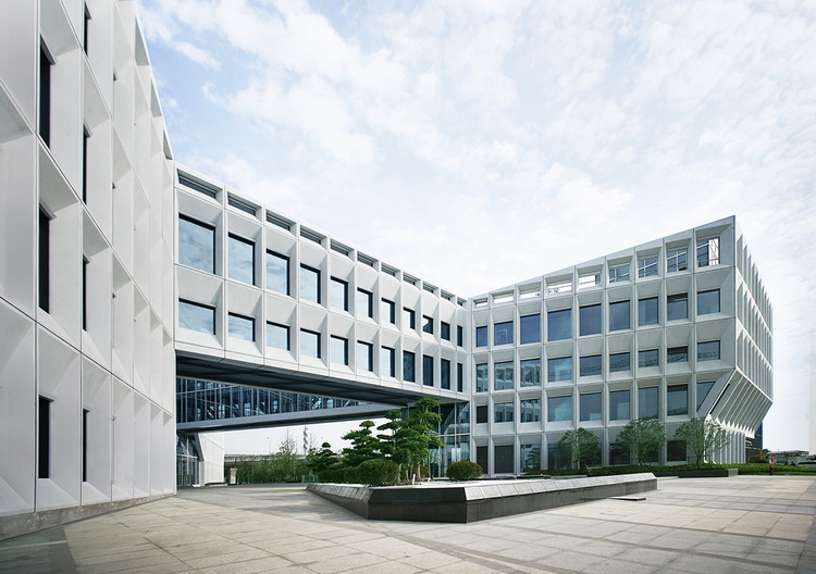 Shanghai Baoye Center / LYCS Architecture, © HU Xianjuan
