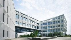 Shanghai Baoye Center / LYCS Architecture