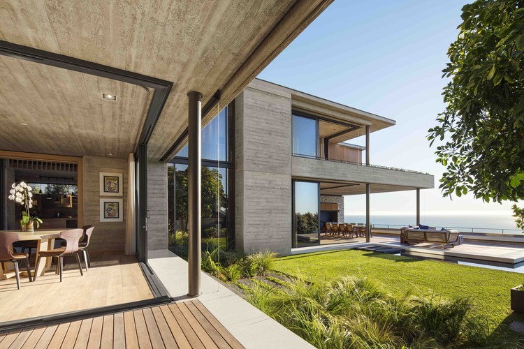 Clifton House / Malan Vorster Architecture Interior Design | ArchDaily