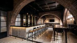Bar - Salón Sociedad / Communal + OTRA Arquitectura