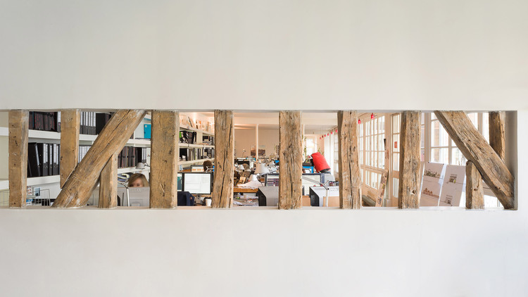 Escritórios de arquitetura de Paris, pelas lentes de Marc Goodwin e Mathieu Fiol, Richez Associates. Image © Marc Goodwin