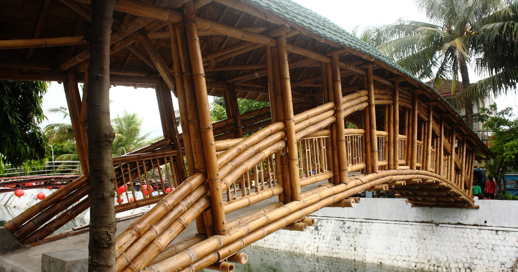 Bamboo Bridge In Indonesia Demonstrates Sustainable