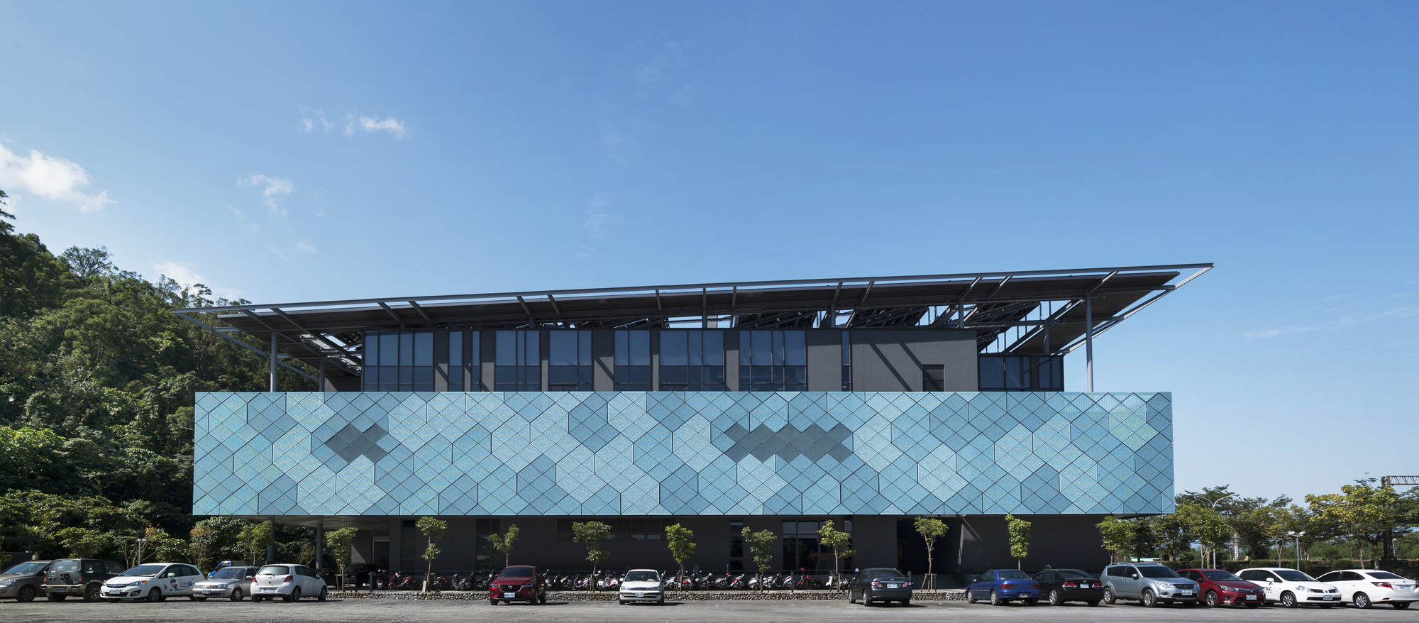 Office Building Design Ideas Amazing Manufactory. Office Building ...