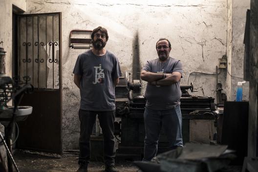 José y Francisco Garrido Rus, a cargo de Forja Tiznajo. Image Cortesía de Premios